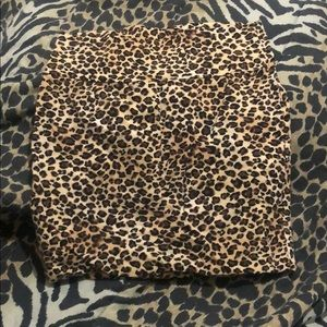 Sexy cheetah mini skirt